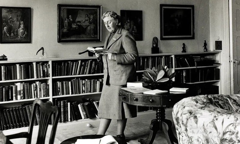 Top 12 Best Agatha Christie Books Of All Time Review 2021